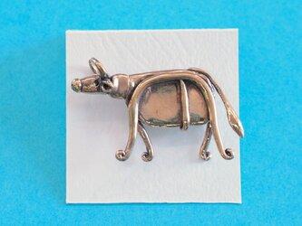 ピンブローチ 「牛」の画像