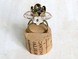お花の指輪(おしべとめしべ)の画像