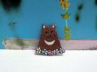 手刺繍ブローチ*ツキノワグマの画像