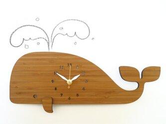 Decoylabのクジラの掛け時計 WHALEの画像
