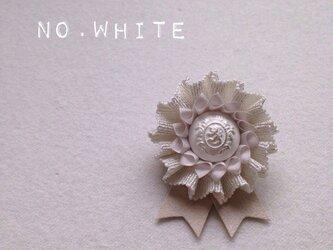 ロゼット * NO.lamé * whiteの画像