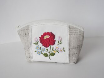 『Ⅰ様ご予約品』赤い花刺繍のポーチの画像