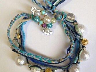 海色糸のブレスレットの画像