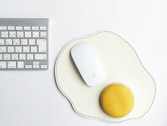 めだまやきのマウスパッド 黄の画像