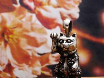 【bastet】 招き猫桜 ペンダントの画像