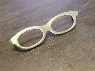 真鍮ブラス製 レトロメガネデザイン ハットやバッグにピンズブローチの画像