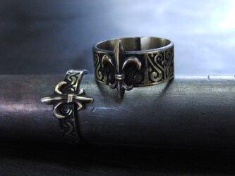 ミニフレア彫模様真鍮ブラスリング・トゥリング 購入1点=指輪1本の販売 サイズ1号~15号の画像