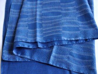 藍染×型染ストール(流水)の画像