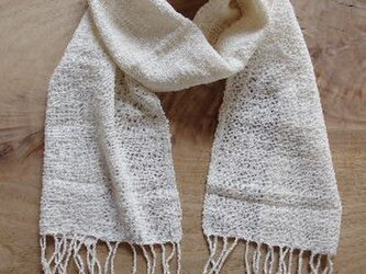 春夏 生成りコットンの透かし織りマフラー(24㎝×164㎝)の画像
