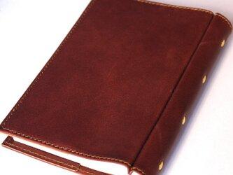 しおりポケット付きのレザー文庫本カバー。の画像