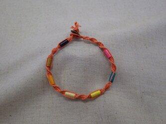 ウッドビーズのアンクレット(オレンジ)の画像
