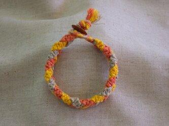 三つ編みブレスレットAの画像