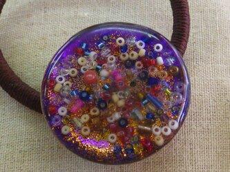 レジンのヘアゴム(万華鏡:紫)の画像
