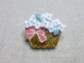 花かこブローチの画像