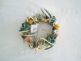 White wreathの画像
