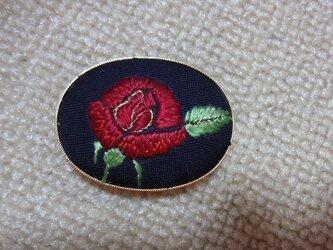 帯留め(赤いバラ)の画像