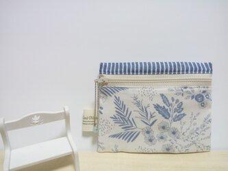 風に揺れる草花* ティッシュケース付きポーチ(コットン・Wガーゼ)の画像