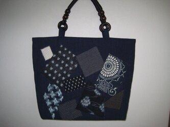 古布の綿絣と藍染生地の大きなトートバッグの画像