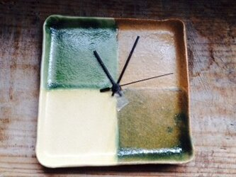 4色掛け分け時計(グリーン)の画像