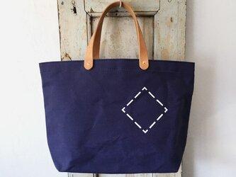 お好みの文字数字を鞄にステンシル。パラフィン帆布紺シンプルトートS INDBNP_0404の画像