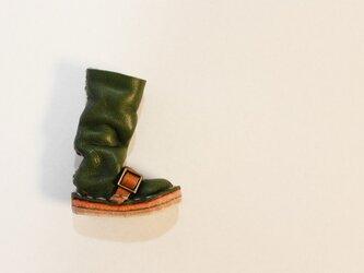 <再販>革ブーツブローチの画像