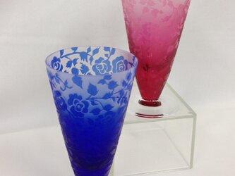 薔薇の三角すいショットグラス(ペア)の画像