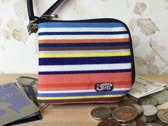 オシャレで機能的!旅に便利な、カード・お札・コイン用 先染め帆布財布 赤の画像