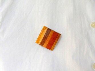木のブローチ-Square(四角、ハイブリッド縞)の画像