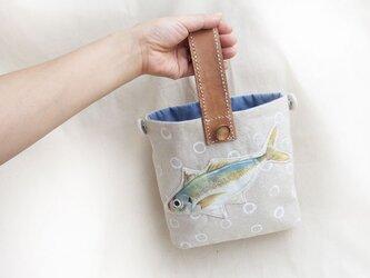 おいしいお魚いり2wayカゴ風バッグ★アジさんの画像