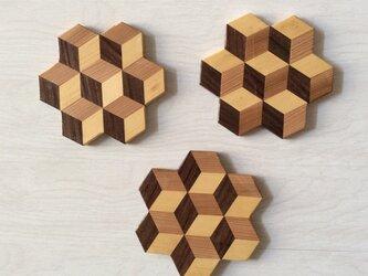 寄木のコースターの画像
