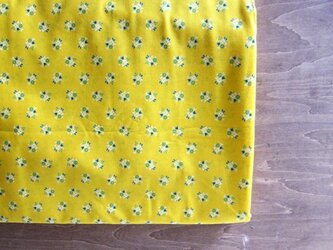 オーストリア vintageフォークロア生地 チロル小花 Yellowの画像