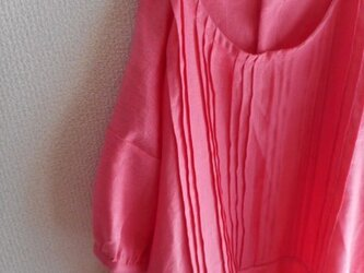 r様専用【受注製作】W50パフスリーブ前ピンタックリネンワンピース★コーラルピンクの画像