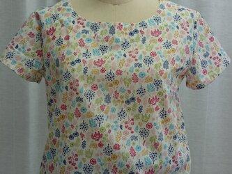 草花半袖シャツの画像