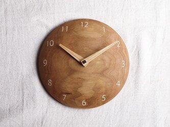 掛け時計 丸 くるみ材5の画像