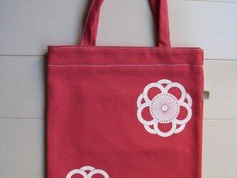 家紋シリーズ 縦長バッグ「中かげ八重向こう梅」 の画像
