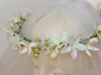【受注生産作品】エルザの花冠 ジャスミンとブプレリュームビジューガーランド付☆*:.ピュアホワイトの画像