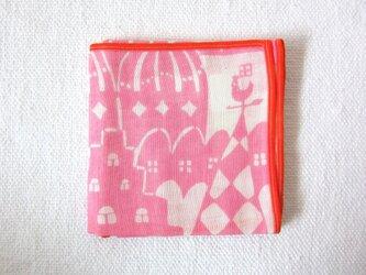 ガーゼハンカチ「異国の屋根」ピンクの画像