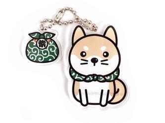 柴犬のバッグチャーム 赤柴と唐草風呂敷の画像