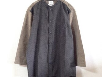 久留米絣の肩刺し子スタンドカラーシャツ メンズサイズの画像
