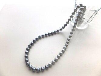 シュガーパールのロングネックレスの画像