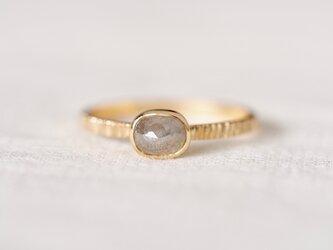 Translucent Gray Diamond Ringの画像