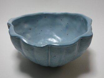 青いカボチャの器の画像
