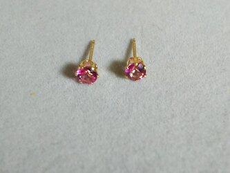 再販:宝石質ピンクトパーズファセットピアス(4ミリ)の画像