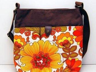 ヴィンテージファブリック x 帆布 レトロな斜め掛けショルダーバッグ(Power Flower)の画像