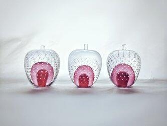 ガラスのリンゴ 「赤」の画像