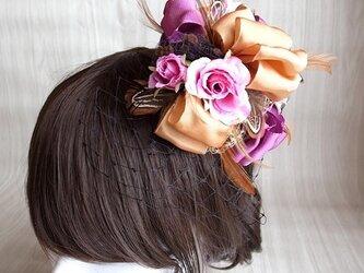 【送料無料】 シルクローズ×羽根のヘッドドレス<パープル>の画像