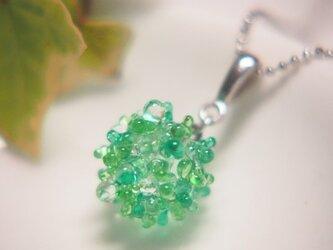 露の玉ネックレス 緑の画像