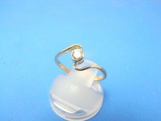 K18ダイヤモンドデザインリングくねくねの画像