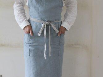男女兼用フルエプロン サックスブルー ふんわりやわらか生地 リトアニアリネン100%の画像