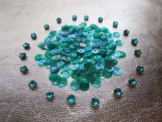 **♥Vintage Frech Celluloid Sequins & Crystal Sew On Set♥**の画像
